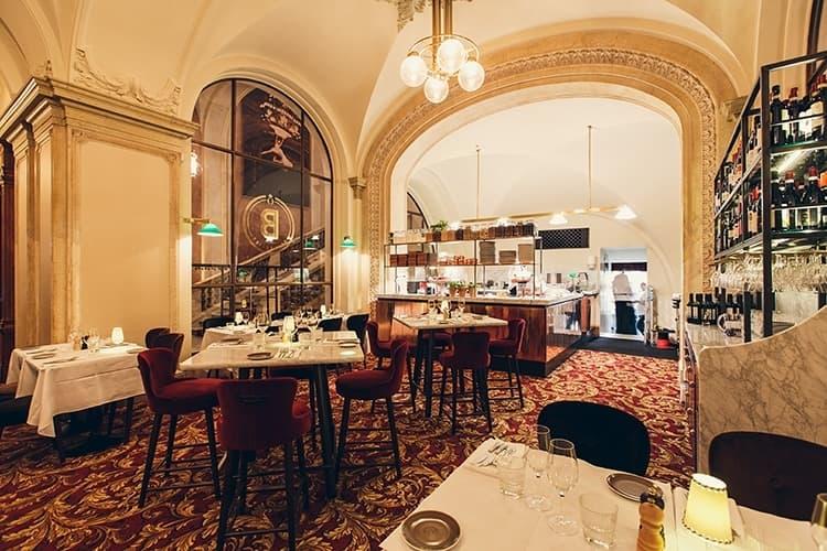 operan restaurang