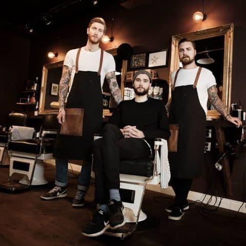 Johan, Olle och Henry (Kollektivet Hvitan) barbershop och tatueringsstudio under samma tak – Bild från Kollektivet Hvitan av Erwan D.